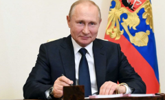 Russia becomes first country to approve a COVID-19 vaccine