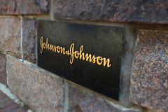 J&J takes option on Theravance's JAK drug in $1bn deal