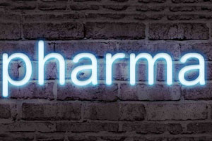 A neon sign reading 'pharma'