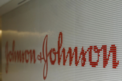 Johnson & Johnson (J&J)