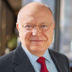 Pfizer CEO reckons rebates will disappear, and that's a positive