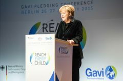 Global pledge to immunise 300 million children