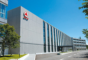 Takeda rides out Actos decline as fiscal 2012 sales rise