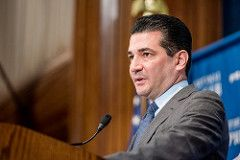 FDA chief Scott Gottlieb to step down