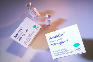 Roche Avastin bevacizumab cancer packs