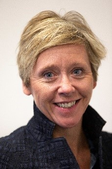 Fiona Bride